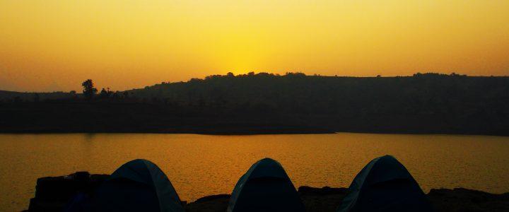 Bhandadara : Camping by the Lake